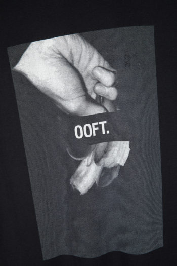 "SONG FOR THE MUTE ""Ooft"" Print Raglan Oversized T-Shirt black 3"