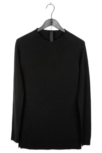 DEVOA Seamless Side Slit Sweater 1
