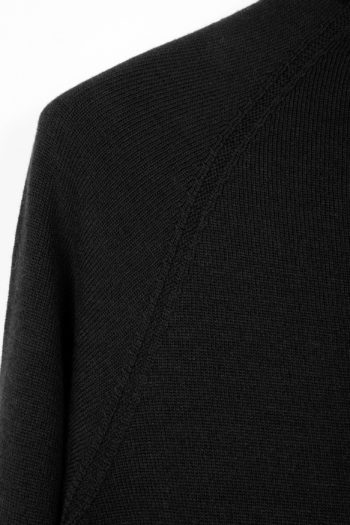 DEVOA Seamless Side Slit Sweater 2
