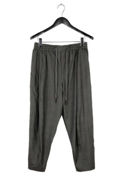 DEVOA Cropped Relaxed Pant 01