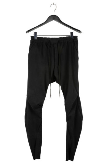 DEVOA Ergonomic Curved Relaxed Pant 01