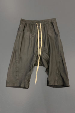 ISAAC SELLAM Relaxed Leather Short 1