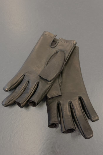 DEVOA Leather Gloves With Cut Off Fingertips 1