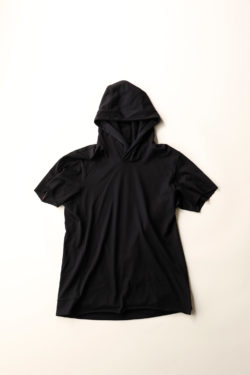 DEVOA Short Sleeve Hooded Sweater 1