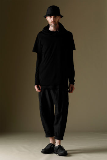 DEVOA Short Sleeve Hooded Sweater 4